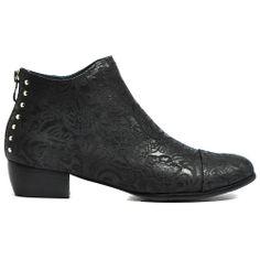 TRENDING | Cinori Shoes #djangojuliette #chelseaboots #ankleboots #boots #booties #embosed #backzip #cinori #cinorishoes
