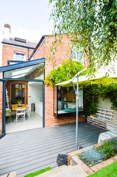 Side return extensions can be the perfect solution for turning poorly laid out, rarely used, dark rooms into bright, open plan spaces. Here's what you should know before planning a side return extension Kitchen Extension Side Return, Cottage Extension, Kitchen Diner Extension, Side Extension, House Extension Design, Extension Designs, Glass Extension, Extension Ideas, House Extension Plans
