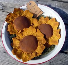 Primitive Sunflower Tucks Ornies Bowl fillers by ahlcoopedup,