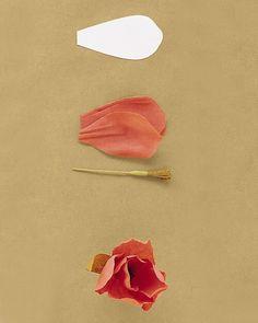 How to Make Crepe-Paper Flowers - Martha Stewart Crafts Crepe Paper Flowers, Fabric Flowers, Flower Paper, Handmade Flowers, Diy Flowers, Flower Diy, Diy Paper, Paper Crafts, Tissue Paper