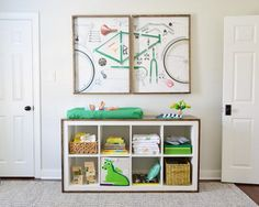 The IKEA Kallax collection Storage furniture is an important section of any home. Trendy and delightfully easy the rack Kallax from Ikea , for example. Ikea Kallax Hack, Etagere Kallax Ikea, Ikea Shelf Hack, Ikea Bookcase, Ikea Toy Storage, Cube Storage, Wood Storage, Storage Shelving, Storage Units