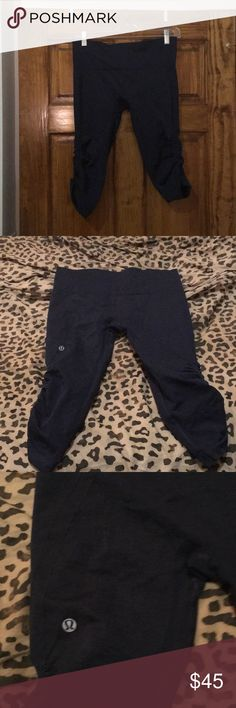 Lululemon in the Flow Crop--Navy Lululemon in the flow Crop in Navy. Good condition--see close up--no pilling in crotch! lululemon athletica Pants Leggings