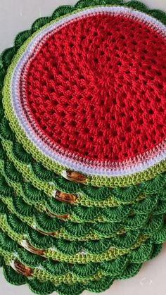 Diy Crochet, Crochet Top, Crochet Hats, Bargello, Maya, Diy And Crafts, Blanket, Knitting, Handmade