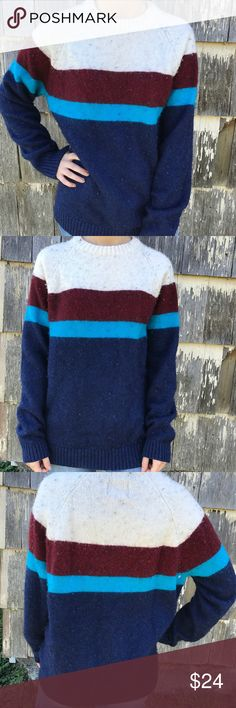 Vintage Style American Eagle Outfitters Sweater In great condition, super comfortable Sweater/ long sleeve. Please feel free to make an offer or bundle items to save 🤑 Says size large, could fit as a medium or small depending on how long you like your sweaters to lay American Eagle Outfitters Sweaters Crew & Scoop Necks