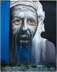 Artist : Julio de Matos - Robô | Street Art | Street Artists | Art | urban art | urban artists | modern art | mural | graffiti | travel | Schomp MINI