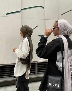 Hajib Fashion, Modern Hijab Fashion, Street Hijab Fashion, Hijab Fashion Inspiration, Muslim Fashion, Fashion Outfits, Modest Fashion, Fasion, Niqab