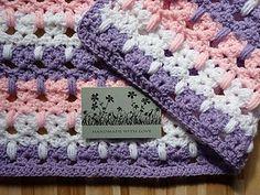 Kitty pattern crochet blanket. Free pattern.