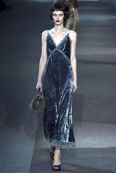 Louis Vuitton Fall 2013 Ready-to-Wear Fashion Show - Lisa Verberght (Women)