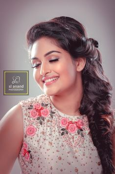 Prayaga Martin Photo Shoot by SL Anand for Mathrubhumi Star & Style. Malayalam actress Prayaga Marting photoshoot stills. Indian Bollywood Actress, Beautiful Bollywood Actress, Most Beautiful Indian Actress, South Indian Actress, Indian Actresses, Prayaga Martin, Indian Face, Star Actress, Cute Young Girl