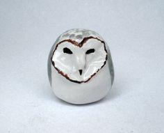 Barn Owl Ceramic Figurine di HystericOwl su Etsy