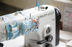 oooooh.. ¡¡Muy buena idea Small Sewing Projects, Sewing Projects For Beginners, Sewing Hacks, Sewing Tutorials, Sewing Crafts, Sewing Patterns, Serger Sewing, Sewing Notions, Sewing Room Organization