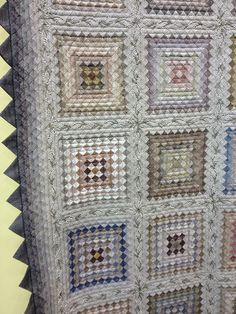 byannelize : Tokyo International Quilt Festival Around The World close… Yoko Saito, Quilt Festival, Patch Quilt, Quilt Blocks, Quilting Projects, Quilting Designs, Quilting Ideas, Low Volume Quilt, Postage Stamp Quilt