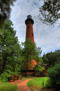 Outer banks North Carolina light house #elanavacations #dreamouterbanksvacation