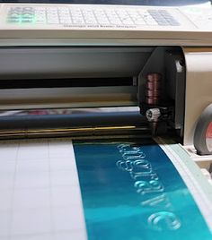 Using the Chomas Creations engraving tip in the Cricut to engrave on a metal sheet.