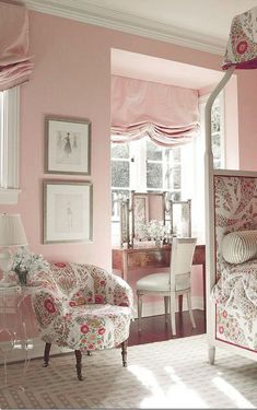 English pink bedroom