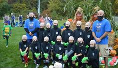 Tim Howard-inspired US kids soccer team don facial hair and bald wigs -brilliant :)