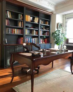 www.projemasif.com #furniture #furnituredesign #furnituredesigner #furnitures #projemasif #interiordesign #interior #interiorarchitecture #interiores #interior_design #interiorfurniture #table Interiores Design, Corner Desk, Bookcase, Shelves, Furniture, Home Decor, Corner Table, Shelving, Decoration Home