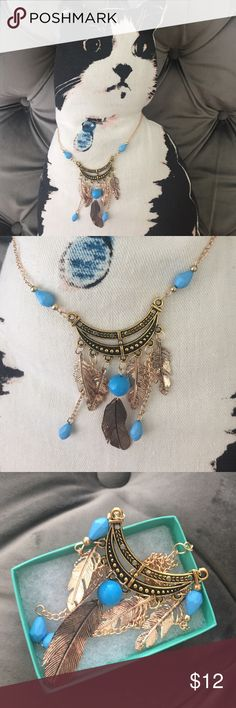 Feather chain necklace Brand new will come in a gift  box. Adjustable chain closure. Very light weight. Not free people brand. Pick silver or gold chain. Free People Jewelry Necklaces