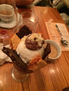 Rojannos in padstow - choc and coconut sundae