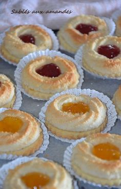 Biscotti, Coco, Doughnut, Cake Recipes, Delish, Cake Decorating, Cheesecake, Food And Drink, Pudding