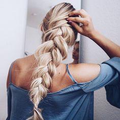 Braid envy. #longhairstyles #longhairinspiration #hairstyle #haircolor #hairgoals #blonde #blondehair #longblondhair #braid #braidgoals #braidenvy #hair
