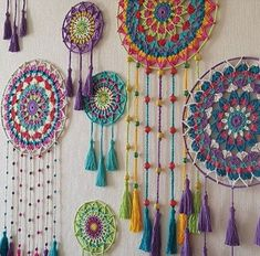 Easy Bohostyle Dream catchers bright color knitted dream catchers handmade wall decor home decor wall hanging dream catcher Doily Dream Catchers, Dream Catcher Craft, Motif Mandala Crochet, Crochet Patterns, Mandala Yarn, Dream Catcher Patterns, Crochet Dreamcatcher, Crochet Wall Hangings, Crochet Decoration