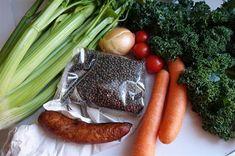 Čočka trochu jinak - suroviny Carrots, Sausage, Meat, Vegetables, Food, Sausages, Essen, Carrot, Vegetable Recipes