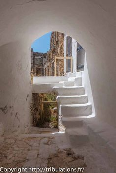 Partout des escaliers, Chora