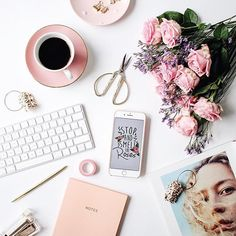 Tbh, on a Tuesday as manic as Monday, I didn't have much time to stop and smell the roses BUT clearly had the time to put together this flatlay! #thatsaleafFLAT  #Regram via @thatsaleaf