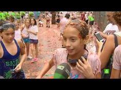 La España profunda 17: La tomatina (infantil) de Buñol (Valencia) - YouTube