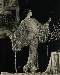 Another beautiful flapper prepping for the night - the lovely actress Olive Borden in between the mid 20's and the mid 30's