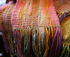 Weaving with knitting yarn ~ Fiber Art Almanac - interesting article on weaving with knitting yarns and general info on how the weaver achieved this look. Doable on the RH loom as it is just log cabin weave, although it doesn't look like it to me.