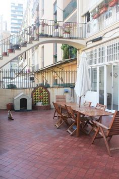 #Terrace in an apartment with a chapel in Eixample, Barcelona.
