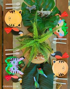 2 Birthday, Safari Birthday Party, Animal Birthday, First Birthday Parties, First Birthdays, Birthday Ideas, Monkey Birthday, Birthday Table, Party Napkins