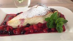 Glutenfreier lowcarb Käsekuchen ohne Boden, den man ohne Reue genießen darf. Rezept ohne Zucker mit Buchweizen