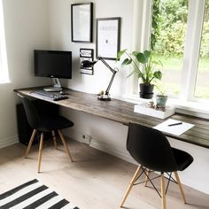 Home office design for men layout decor 32 ideas Home Office Space, Home Office Desks, Office Furniture, Office Workspace, Home Office Table, Small Workspace, Guest Room Office, Black Furniture, Luxury Furniture