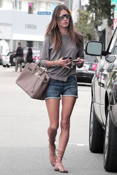 Alessandra Ambrosio media gallery on Coolspotters. See photos, videos, and links of Alessandra Ambrosio. Alessandra Ambrosio, Hermes Birkin, Look Short, Looks Street Style, Fashion Articles, Model Look, Trends, Celebs, Celebrities