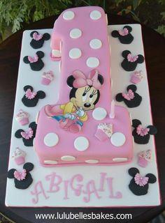 Minnie Mouse No. 1 birthday cake