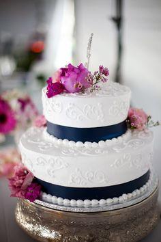 26 Trendy Wedding Cakes With Flowers Blue Frostings Wedding Cake Two Tier, Wedding Cakes With Flowers, Cool Wedding Cakes, Wedding Cake Toppers, Nautical Wedding Cakes, Magenta Wedding, Blue Frosting, Buttercream Wedding Cake, Dress Cake