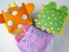 SALE - PDF ePATTERN - Giraffe, Gator and Pig Blocks for Baby - Toy Sewing Pattern. $3.99, via Etsy.