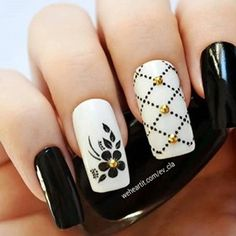 Nail Art - Nagel Design , Nail Trends , nail art galleries - Black and white Nail art visit here for more nail art inspo Gorgeous Nails, Pretty Nails, Perfect Nails, Black And White Nail Art, White Nails, Nail Color Trends, Nail Colors, Cute Acrylic Nails, Gel Nails