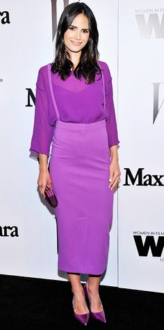 Jordana Brewster took monochromaticism to a whole new level, committing to the color purple with a crepe silk top and matching skirt with suspenders, by Max Mara, a metallic clutch, and violet Jimmy Choos. As for her rings, she chose pieces by EF Collection and Dionea Orcini.