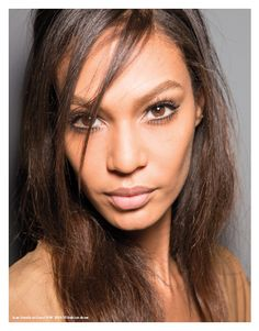 Our interview to: JOAN SMALLS. #joansmalls #model #celebs #woman #fashionshow #catwalk  Photo from @gucci  #fall #winter #2014 #2015 fashion show
