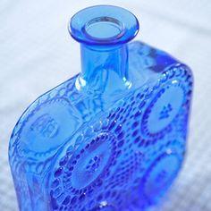 *【アンティークRiihimaenLasiリーヒマエン・ラシ】RiihimaenLasi/リーヒマエン・ラシNannyStillナニー・スティルGrapponiaグラッポニアアートボトル《B》《ビンテージ/vintage/ヴィンテージ》<ブルー> Pots, Perfume Bottles, Glass, Blue, Design, Drinkware, Corning Glass, Planters
