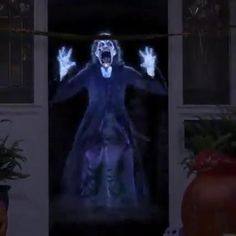 Halloween Prop, Scary Halloween Decorations, Halloween Haunted Houses, Outdoor Halloween, Halloween Party Decor, Haunted House Decorations, Halloween Graveyard, Halloween Inspo, Women Halloween