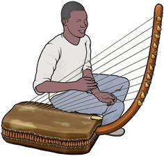 アドゥングの演奏(ウガンダの弦楽器)。楽器の上に座り込んで演奏する大型のアドゥング。Adungu is an Ugandan stringed instrument.