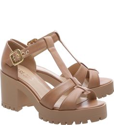 Sandália Couro Tratorada Savannah Nude Vintage | arezzo Site Fly Shoes, Walk In My Shoes, Sock Shoes, Cute Shoes, Shoe Boots, Chunky Heel Pumps, Chunky Shoes, Wedge Sandals, Shoes Sandals