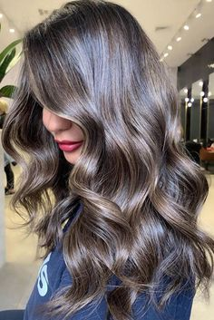 Long Wavy Ash-Brown Balayage - 20 Light Brown Hair Color Ideas for Your New Look - The Trending Hairstyle Ash Brown Hair Color, Brown Hair Shades, Light Brown Hair, Dark Hair, Hair Colour, Cool Blonde Balayage, Beauté Blonde, Balayage Hair, Golden Blonde