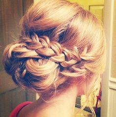 Blonde girl- braid hair hair trend- orgulu topuz-sac modelleri-toplu sac- engagement- bride hair- wedding -dugun nişan söz- prom hair design - Do It Yourself Diyjewel My Hairstyle, Pretty Hairstyles, Wedding Hairstyles, Bridesmaid Hairstyles, Hairstyle Ideas, Perfect Hairstyle, Formal Hairstyles, Quinceanera Hairstyles, Bun Hairstyles