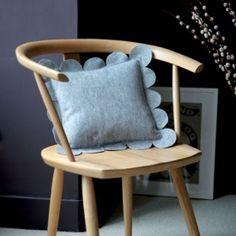 DIY felt scallop cushion